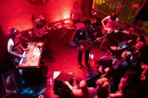 The Glendas en concert au Supersonic