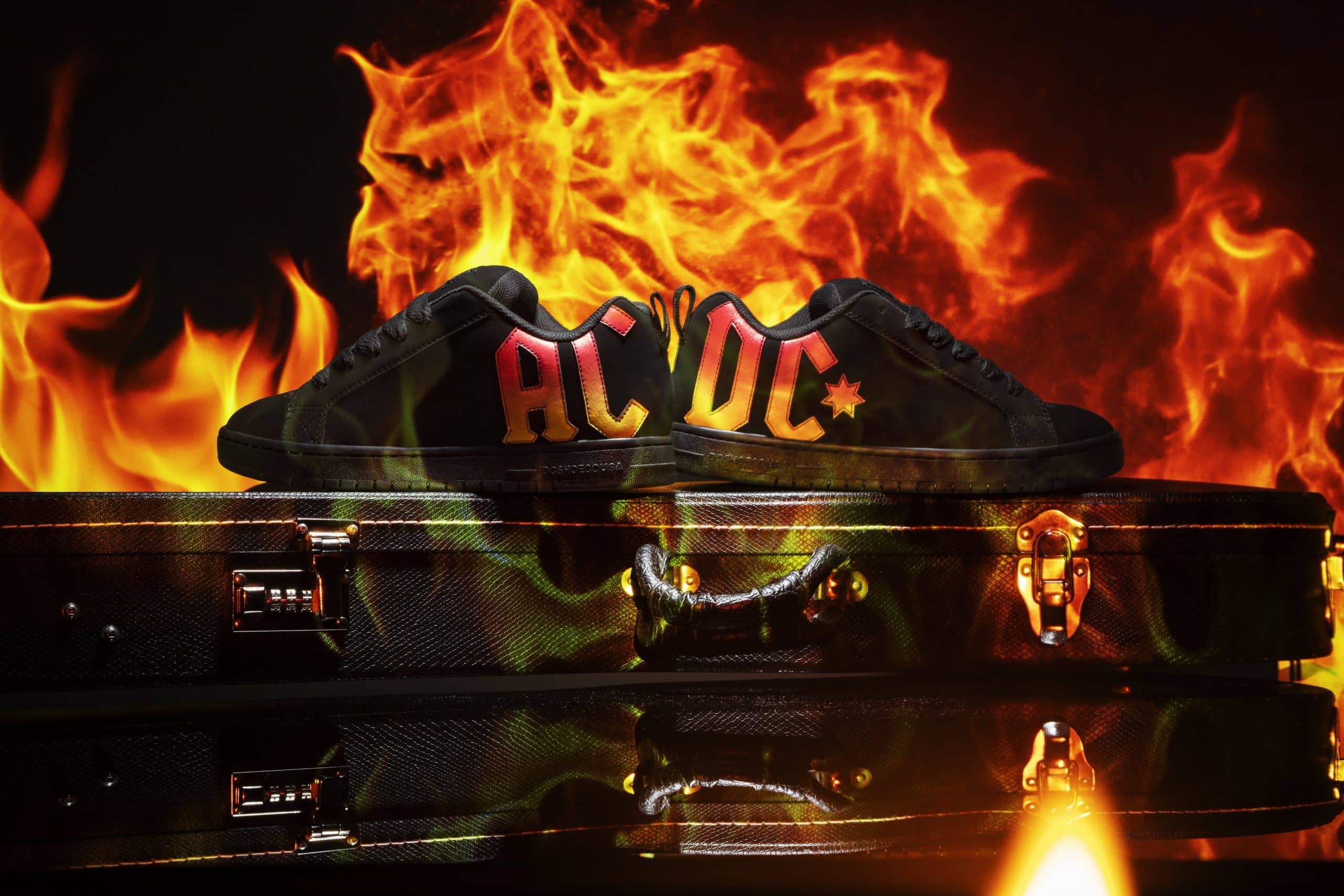 DC-062220-ACDC_Product_Sets_BTY_010042
