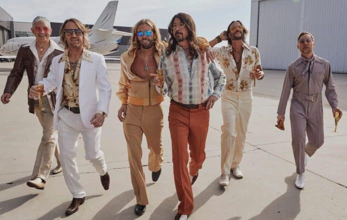 Foo Fighters en Dee Gees